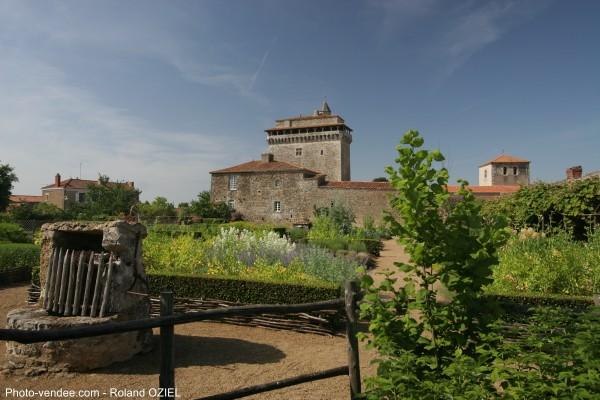 Donjon de bazoges en pareds en Vendée